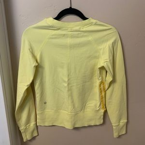 Lululemon Mellon yellow pullover